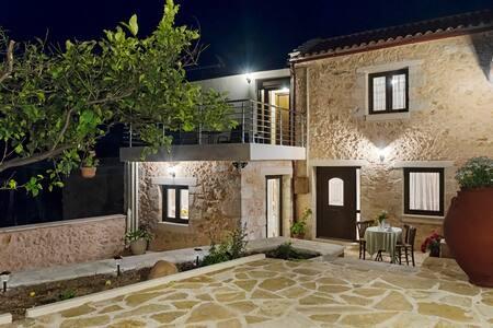 Smaragda Stone Villa... Vamos Chania!!!
