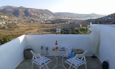 Vista al valle del mar de Paros