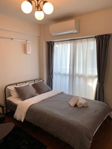 Hiroshima 広島  Main bed room(semi double size bed)