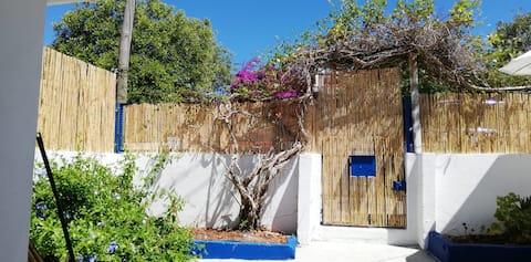 Casa Azul - 2 Km da praia