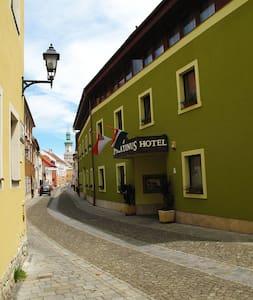 Szállás Sopron szívében - Sopron - Bed & Breakfast