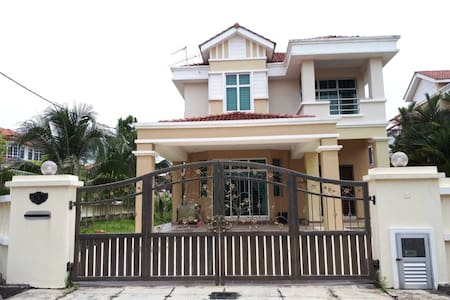 Luxury 4Bedrooms Designed Bungalow# 100Mbps Unifi