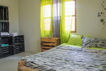 Paje Place Kgahli Room