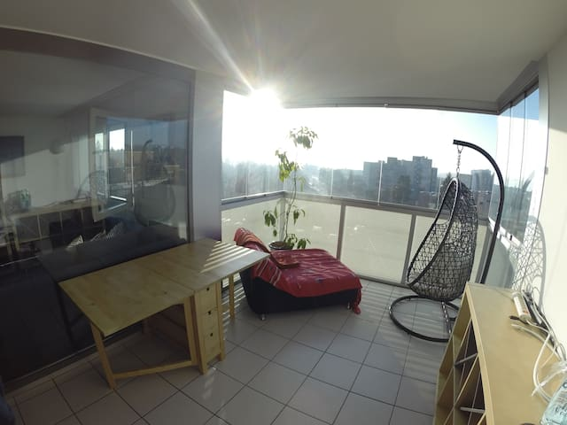 Cozy double room 10 min by bus from city center - Lausanne - Lägenhet