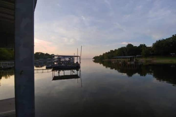 Eufaula Lake House w/private boat dock