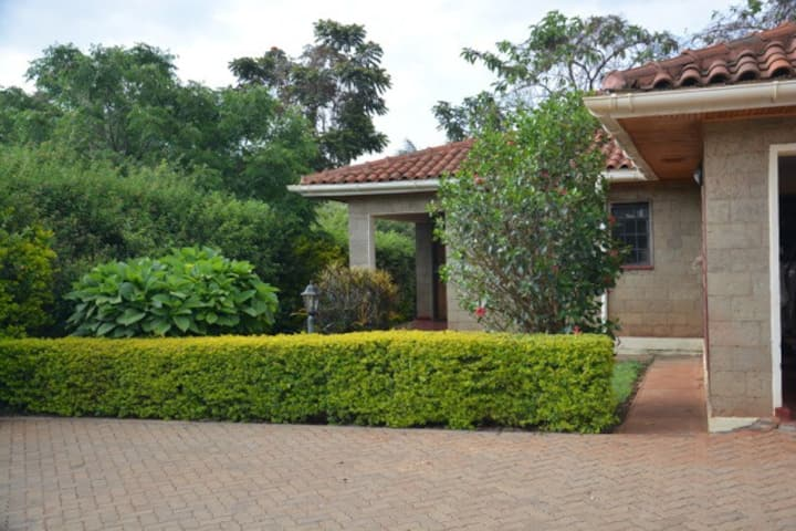 Very quiet and green place in Nairobi
