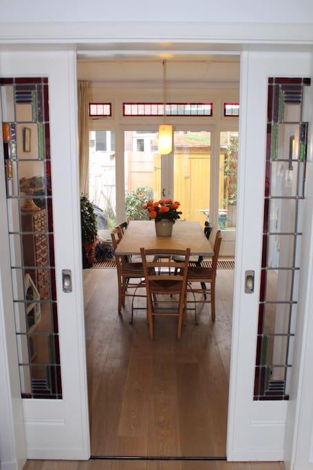 En suite doors to dining area
