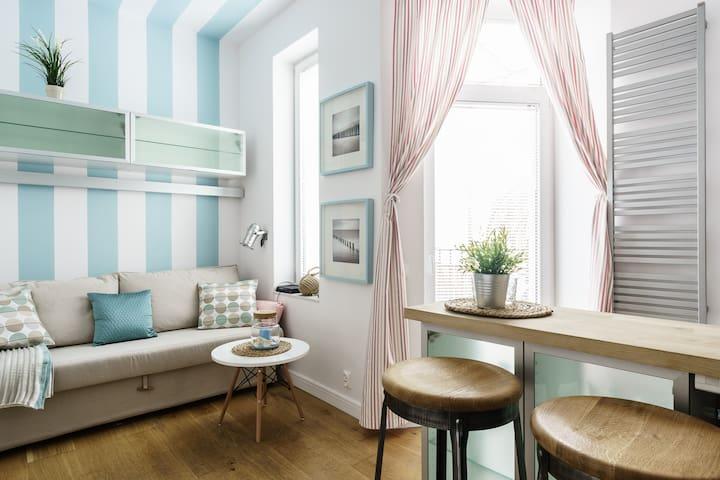 Małe studio z balkonem w sercu Sopotu