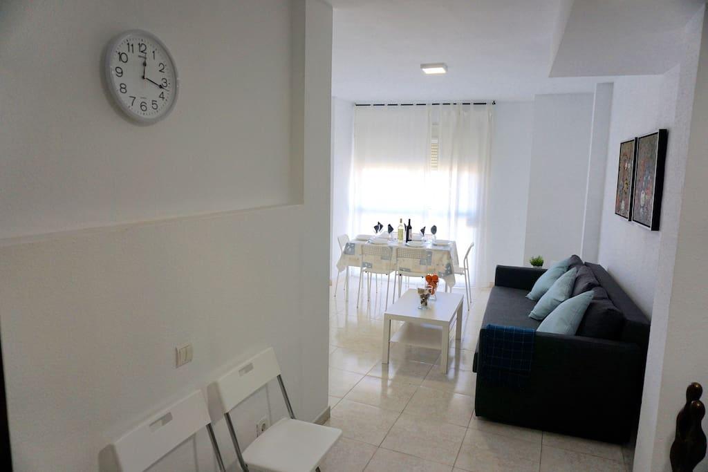 Amplio Salón - Ample Living Room
