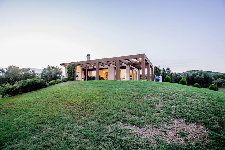 Villa  Elaia  Deluxe