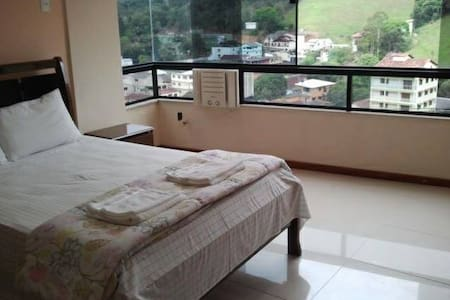 Apartamento no Centro de Domingos Martins - Domingos Martins - Pis