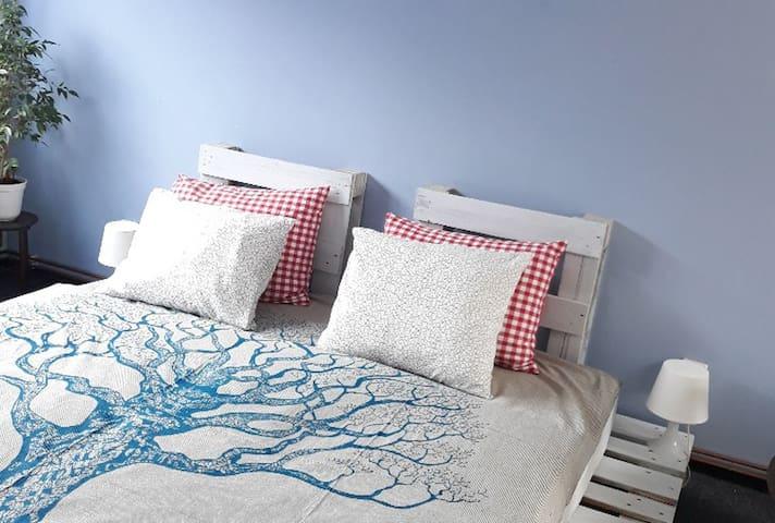 Cozy and spacious room Bílá Hora