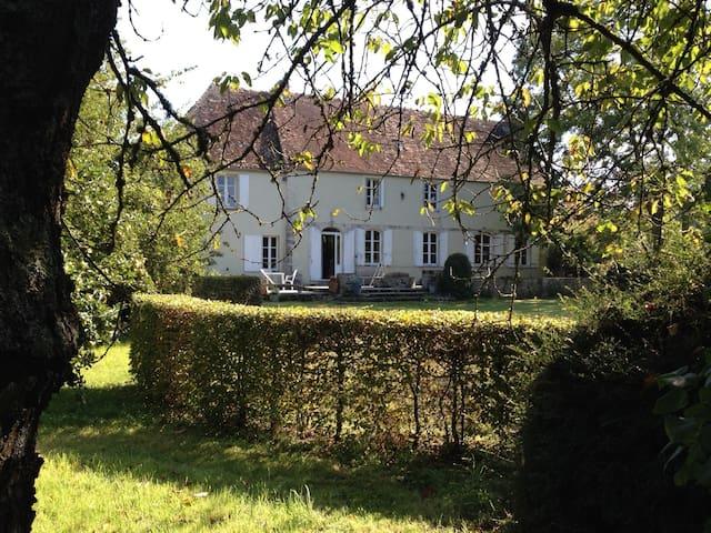 Suite parentale (2 chambres) au Manoir de Laize - Fontaine-le-Pin - Guesthouse