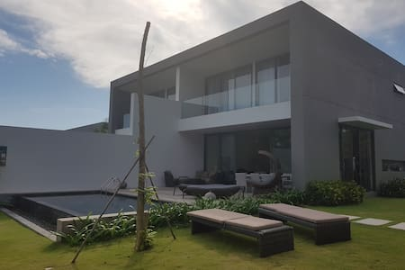 Villa 135, Sanctuary Residential Resort