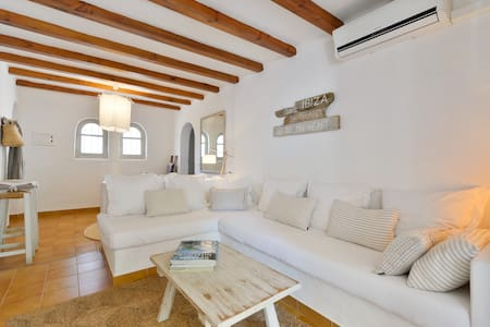 Charming apartment - S'Argamassa (Santa Eulàlia) - Apartment
