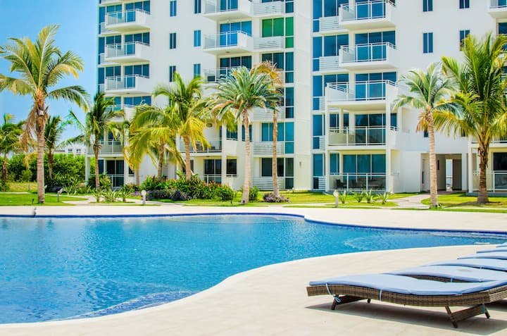 3 Bedroom Apartment with Garden view PH Coral Park 2