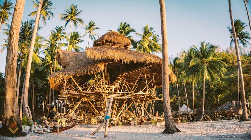 Dryft Darocotan Island-Beach Tent