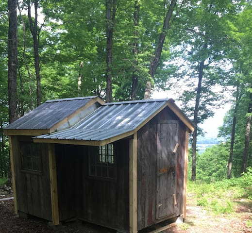 100 Acres with cabin on Mountaintop viewing the Green Mountains!