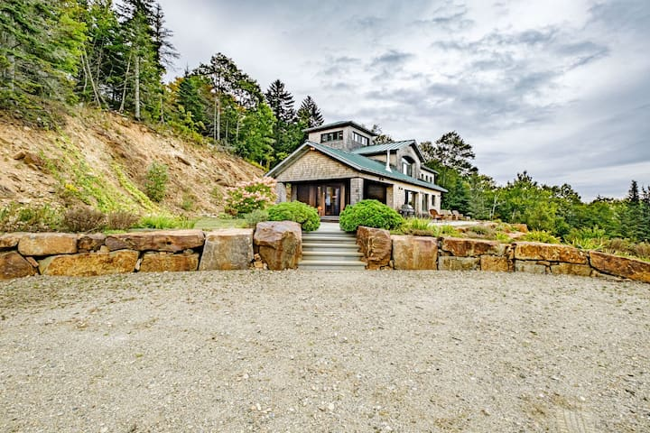 Ocean Views! Architectural designed, 4 bedroom, 4 bath home!