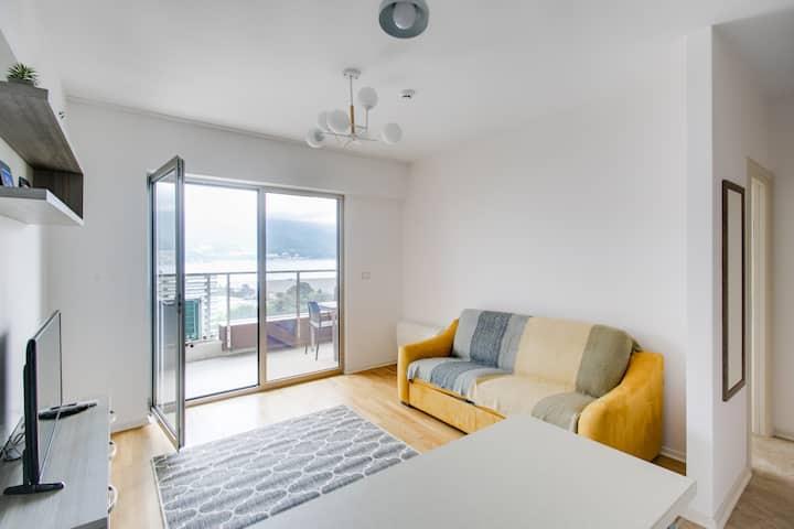 """Апартамент """"Adeli"""" с видом на море"""