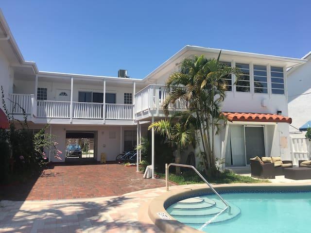 Casa del Sol Waterfront Resort #2