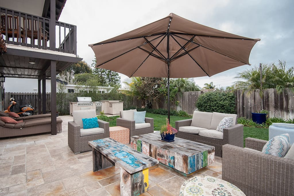 Outdoor seating, entertaining and living -