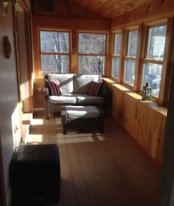 Rustic Private Cottage in Green Mountains, VT - Pownal