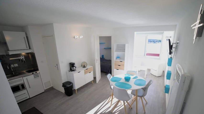 Très bel Appartement T2  vue sur  Port Leucate