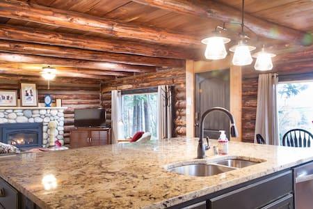 Modern Cabin Near NAS, Oak Harbor & Anacortes! - Oak Harbor - 小木屋