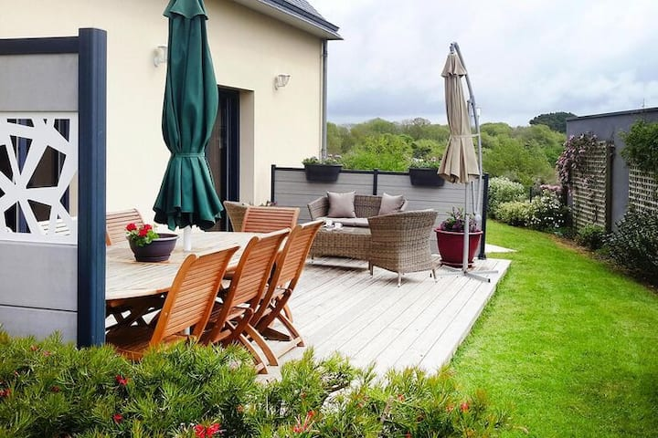 4 star holiday home in Le Pouldu