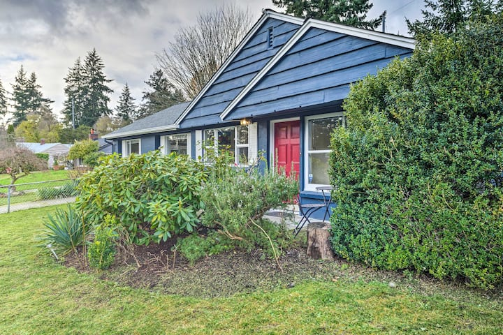 NEW! Shoreline Home ~10 Miles to Downtown Seattle!