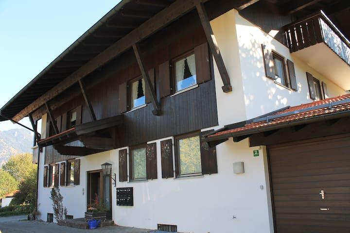Wohnung mit großem Panoramabalkon - Marquartstein