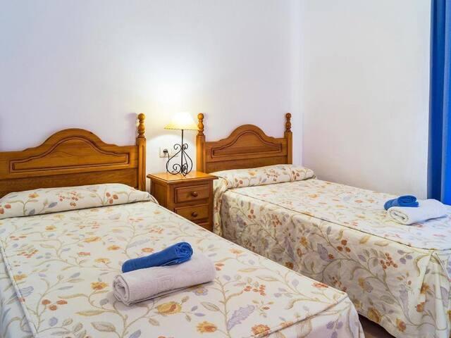 Apartamento de 2 dormitorios con vistas al mar