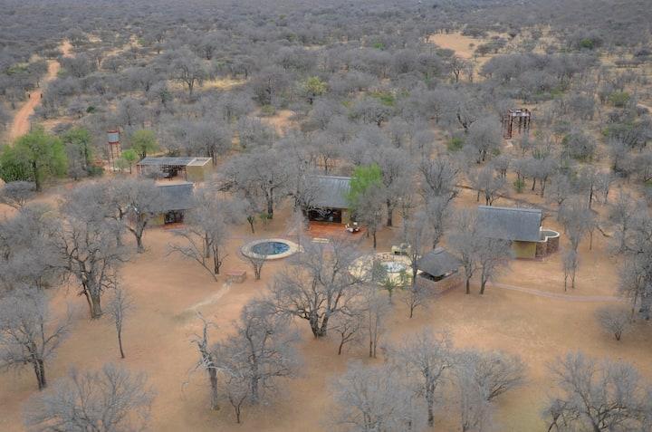 Ndlulamithi Luxury Self-Catering Bush Camp