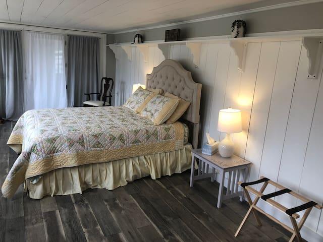 Bedroom #2: Queen Bed. 1st floor. Private entrance to bedroom.