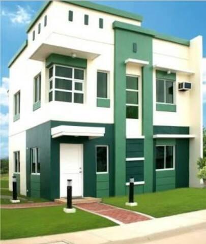 Comfy Home 15mins to Tagaytay - Dasmariñas - Ev