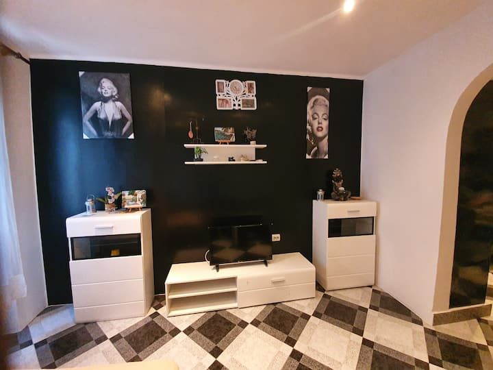 Studio apartman Black & White, Pula