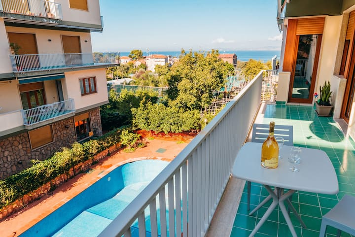 Appartamento Caliopia with Balconies, Air Conditioning and Internet Wi-Fi