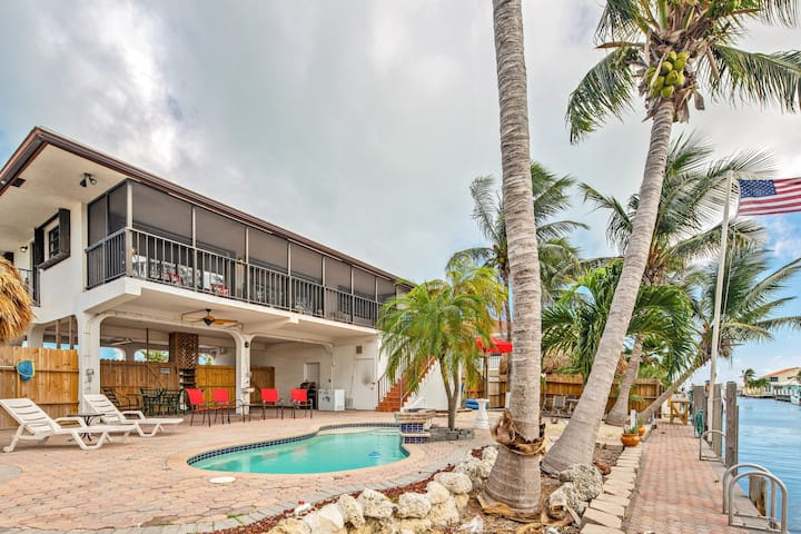 Waterfront house w/ covered patio, private pool, & 75 ft. dock - dogs welcome!