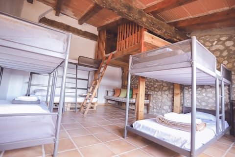 """Bedroom """"Girona"""" with swimming-pool"""