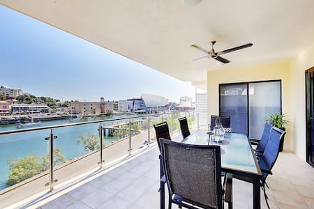 Riviera Apartments #209 - Three Bedroom Apartment - South Townsville