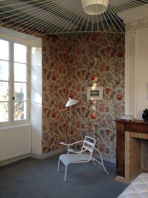 la chambre fleur du presbyt re d 39 urval p rigord chambres d 39 h tes louer urval aquitaine. Black Bedroom Furniture Sets. Home Design Ideas
