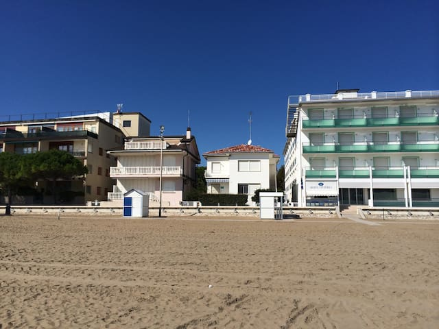 faboulous sea front apartment