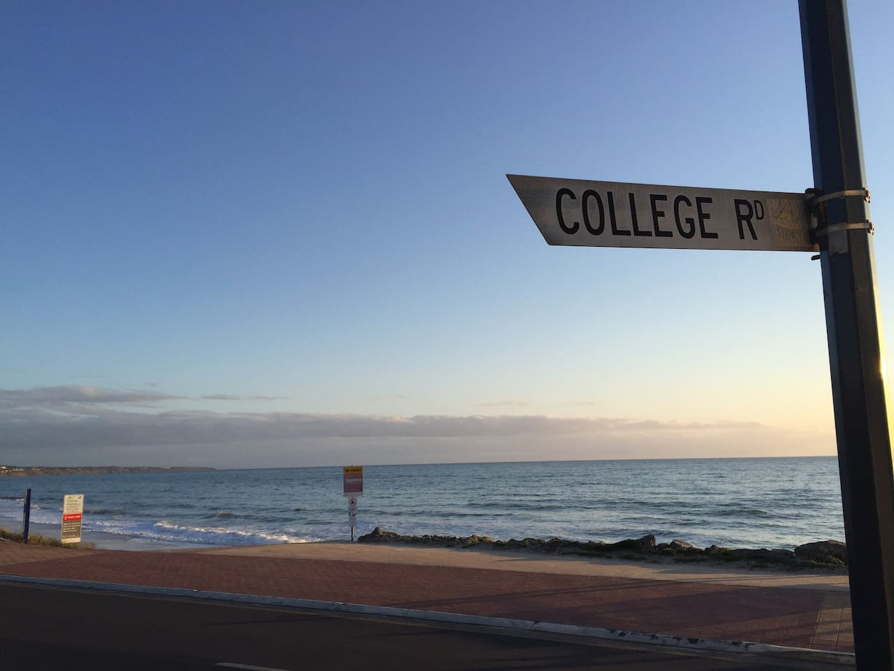 Beautiful Somerton Beach - an amazing place to go for a walk and watch the sunset. A treasure near enough to Glenelg to experience that tourist destination and far enough away that the tourists don't know about it yet ....