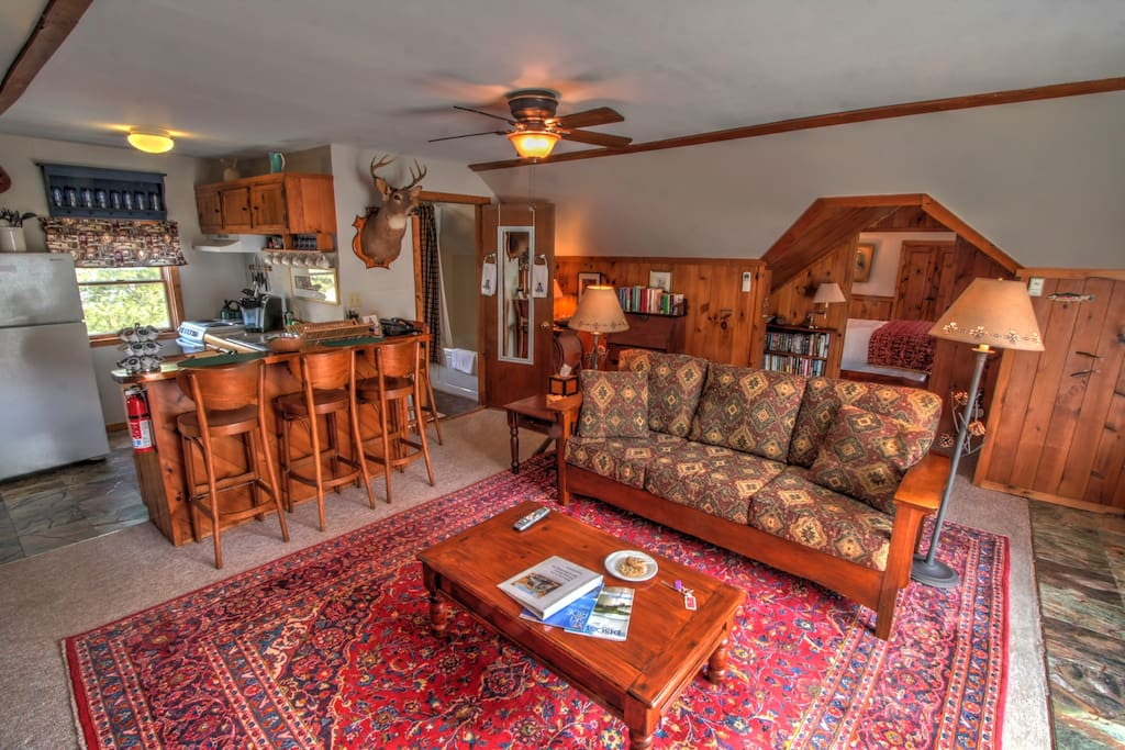 Full kitchen and lodge feel makes this a great suite to make your vacation base of operations