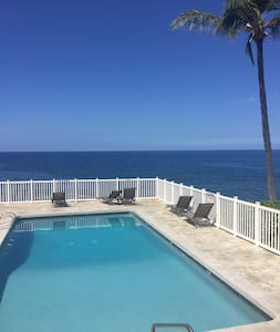 Cozy Air Conditioned Bungalow in the heart of Kona - Kailua-Kona