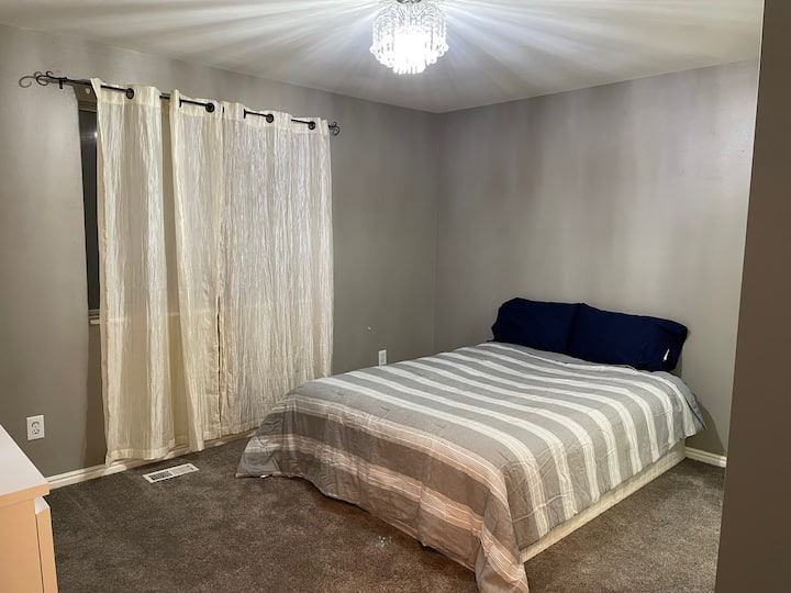 Peaceful 1 BR in optimal location