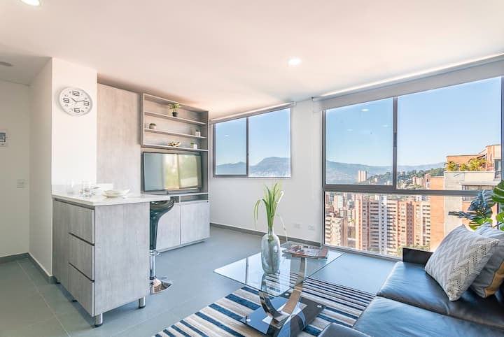 ★UNIQUE VIEW★AMAZING Apartment near LLERAS PARK