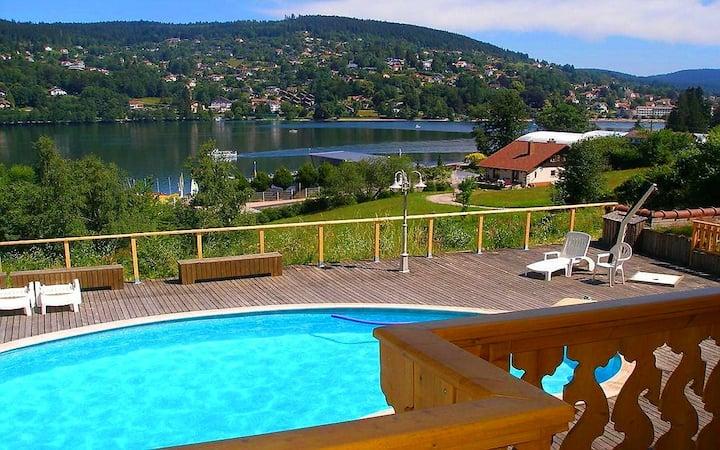 Gérardmer gîte duplex vue lac 180° piscine