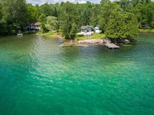 Crystal Clear Lake with Sandy Shore. Cozy Home ❤